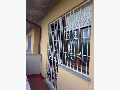 inferiata fissa per balcone